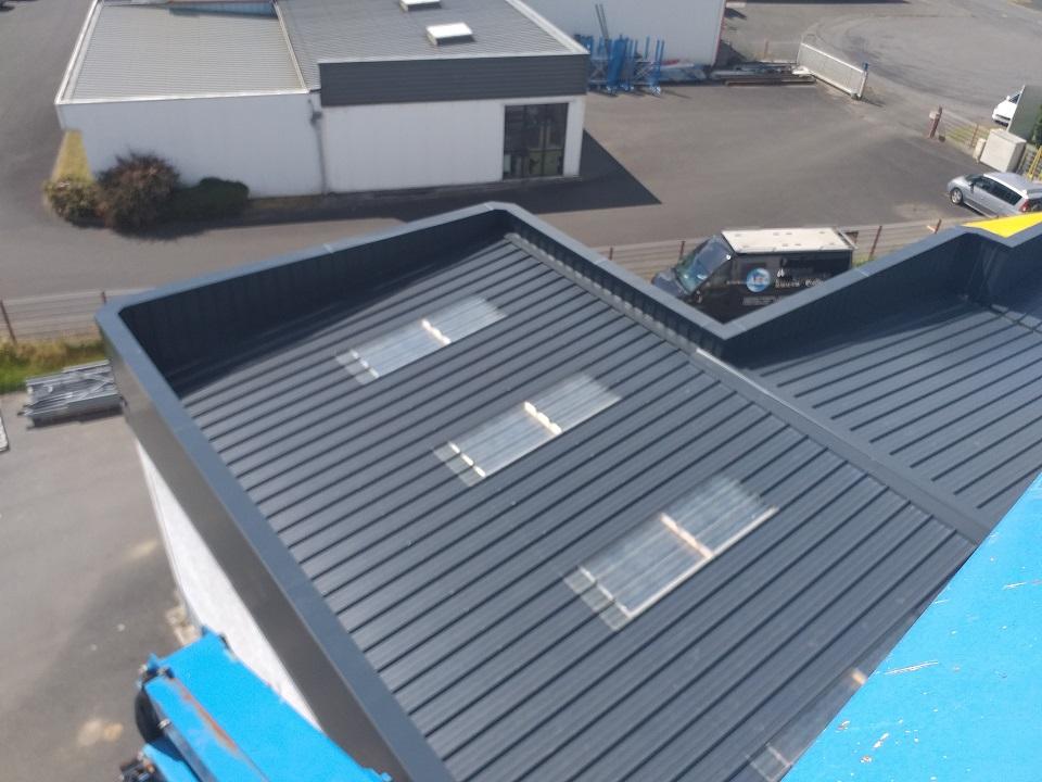 Désamiantage de toiture en Bretagne